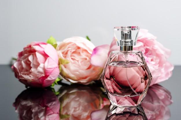 Tips Memilih Parfum Sesuai Kepribadian
